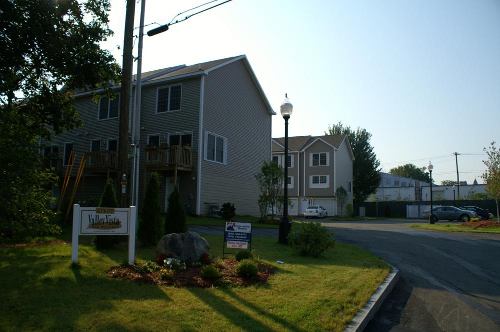 Valley Vista Townhouses